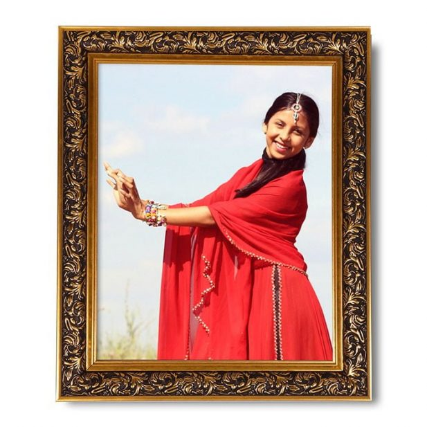 Personalized Designed Synthetic Photo Frame Design 3 8