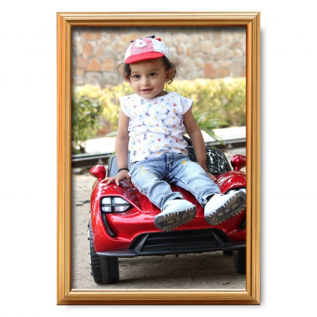 Personalized Golden Synthetic Photo Frame Design 17 6